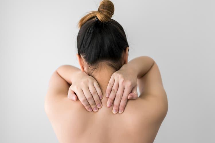 Sobrecarga muscular en cuello