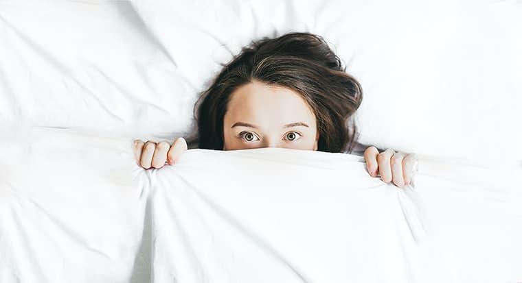 ¿Cómo dormir con una vértebra fracturada?